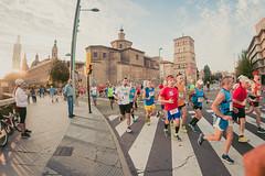 2016-09-25 08.35.44 (Atrapa tu foto) Tags: 8mm espaa europa europe maratondezaragoza saragossa spain xmaratnciudaddezaragoza zaragoza ateltismo atletics carrera corredores deporte fisheye marathon maraton maratn ojodepez runners running sport aragon es