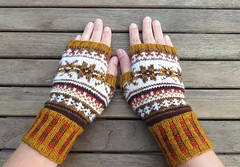 98-8 Wrist Warmers with pattern by DROPS design (LucciolaS) Tags: knitting knitted knits accessories mitts fingering fairisle fingerless sportweight stranded colorwork drops garnstudio hands malabrigo wollmeise