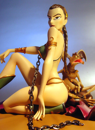 Gentle Giant animated Slave Leia maquette