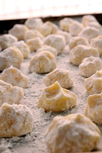 white chocolate saffron truffles