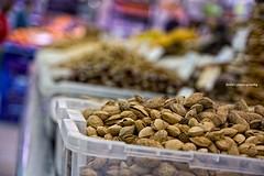 Mercado central  12 (]babi]) Tags: food valencia vegetables fruit spain dof market bokeh frutta mercato pistachios mercadocentral verdura pistacchi