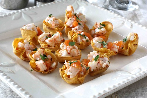 Shrimp & Persimmon Salsa in Toasted Corn Cups Recipe LS