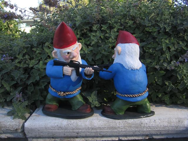 Combat Garden Gnomes 027