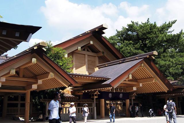 100918_122003_熱田神宮