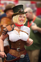 Cute Blonde Steam Punk Lady 2010 Phx Comicon (gbrummett) Tags: phoenix lens eos 3d mark 85mm ii 5d usm ef steampunk img1930 cameracanon f12l brummettcanon ladywolfstar2010 comiconsexybeautifulfantasycosplaycosplaycomiccongrant