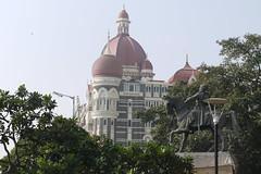Taj Hotel & Shivaji Statue
