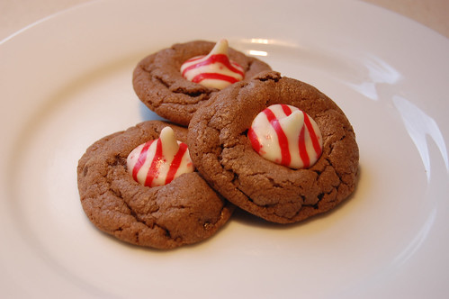 Chocolate Peppermint Kiss Cookies 01