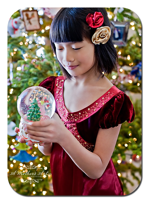 grace snowglobe WEB WM