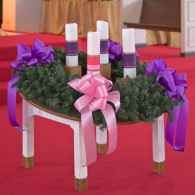 Saint Raphael Roman Catholic Church, in Saint Louis, Missouri, USA - Advent wreath