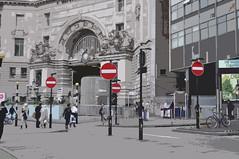 dj vu - 2 - london (effe_O) Tags: london strada divieto