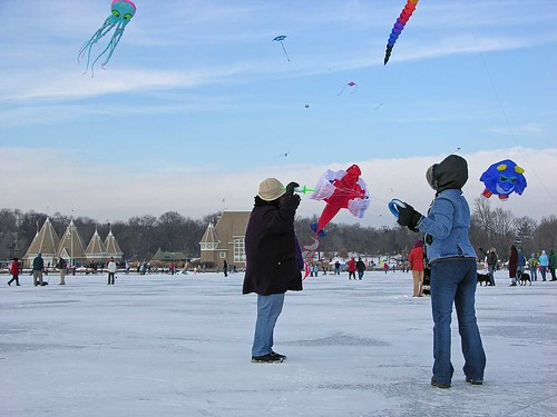 Winter Kite Festival 2006 starting up