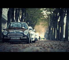 cooper (millan p. rible) Tags: street cinema paris france movie still mini cooper minicooper cinematic 135l canonef135mmf2lusm canoneos5dmarkii 5d2