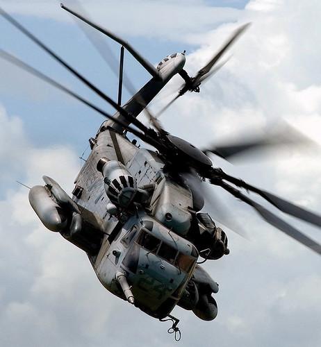 フリー写真素材, 乗り物, 航空機, ヘリコプター, CH-E スーパースタリオン, アメリカ海兵隊,