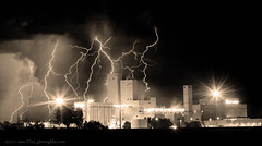 Budweiser Lightning Thunderstorm Moving Out BW Sepia Panorama (Striking Photography by Bo Insogna) Tags: sky bw white black art nature beer rain weather electric sepia clouds skyscape landscape photography landscapes power space room fine wallart bluesky canvas gift brewery monsoon electricity walls lightning lightening striking storms budlight brew budweiser orton stockimages lightningstrike thunderstorms lighning timedexposure artcafe anheuserbusch lightningbolts stormchaser arthome artgifts artcommercial 40d strikingphotography cloudtogroundlightning sepiaprints cloudtocloudlightning artrestaurant boinsogna thelightningmancom strikingphotographycom thelightningman jamesinsogna strikingimages trolledproud unusuallightning lightningboltpictures sepiafineart blackwhitephotographyprints bwcanvasart blackwhitefineartprints blackwhitewallartblack sepialightning ideasreasonablegiftsoffice artboardroom artwaiting
