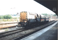 Bristol Temple Meads, 1997 (Hispra) Tags: road speed train bristol temple high bath rail class western depot british region railways 08 43 125 hst meads