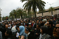 La rvolution du peuple Tunisien (Wassim Ben Rhouma) Tags: africa canon freedom peace tunisia tunis free help revolution maghreb libre liberte tunisie paix afrique   wassim dictature degage liberter benrhouma  jasminerevolution flagtunisia