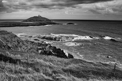 Ballycotton Lighthouse in mono (dorameulman) Tags: ballycottonlighthouse ballycotton cocork ireland monochrome blackandwhite seascape lighthouse sea shoreline dorameulman outdoor canon landscape