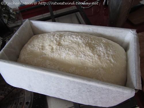 Dan Lepards Sandwichbrot mit saurer Sahne 001