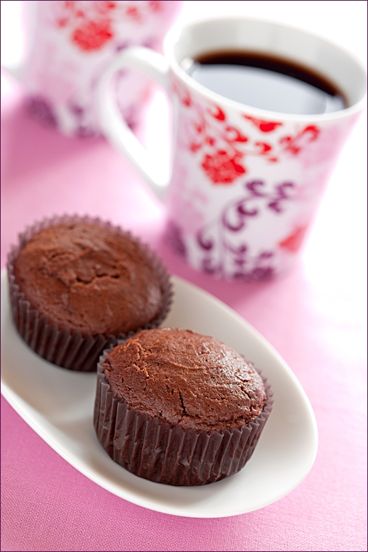 Chocolate muffins with cream cheese