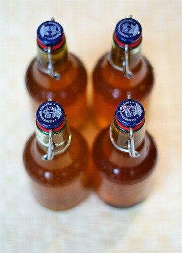 Kombucha at day 6, bottled!