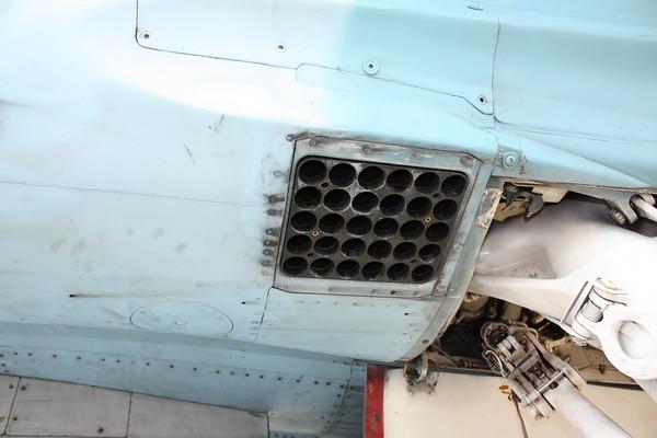 EAA10_FA-18C_044