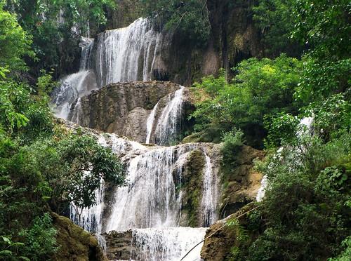 Kuangsi Waterfall - Falls