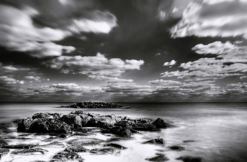 フリー写真素材, 自然・風景, 海, 海岸, モノクロ写真, アメリカ合衆国,