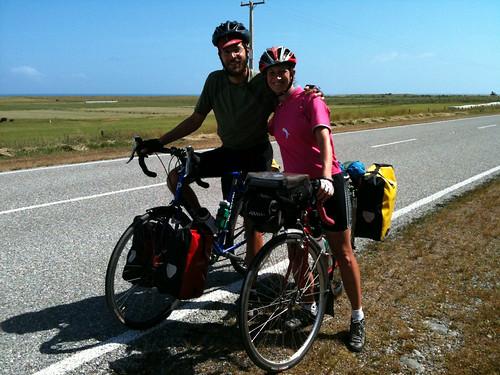 イギリス人サイクリストのロブさんとマリアンヌさん