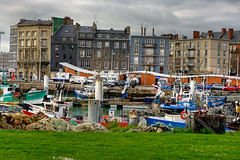 IMGP0300_ View of the fishing port (bateaux de pches) Le Havre (Rolye) Tags: france port boats yahoo google image pentax images bateaux fishingboats 76 pche lehavre seinemaritime hautenormandie k20d rolye