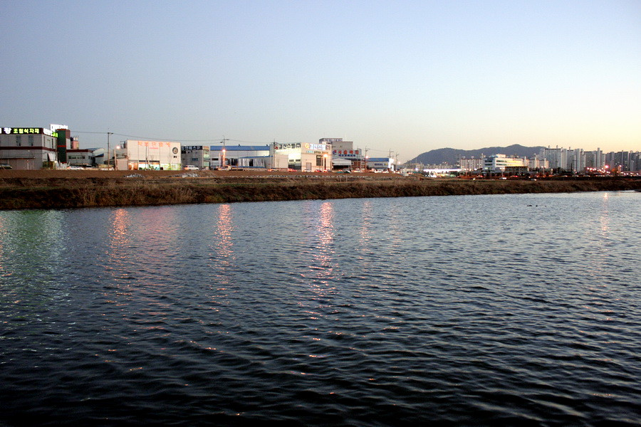 Sunset, Yudeungcheon River