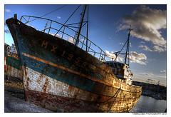BRETAGNE (Art Photography by F.Best) Tags: mer france port canon bretagne bateaux ciel bateau hdr épaves artphotography canon50d photographieartistique fabricebest bestfabrice artphotographybyfbest