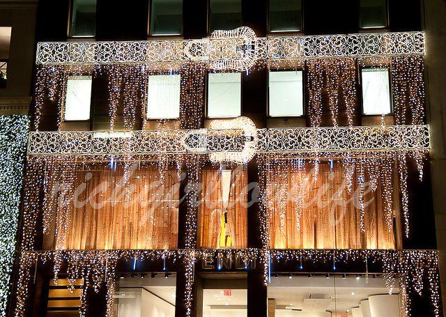 Fendi xmas display ©2010