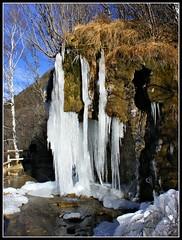 Cascada helada (Patataasada) Tags: winter españa naturaleza cold ice nature water waterfall cool agua huesca santaelena invierno frío cascada pirineo biescas aragón pirineoaragonés valledetena a3b hieli