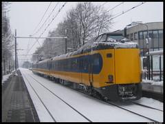 ICM te Bunnik! (Rinse Bunnik) Tags: winter station als icm intercity spoorwegen 4033 bunnik koploper sprinter nederlandse stoptrein omstandigheden winterse afwijking icmm