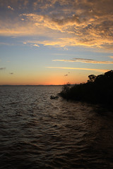 O pôr-do-sol de Belém Novo (Vagner Eifler) Tags: brasil natureza portoalegre pôrdosol lagoguaíba riograndedosul belémnovo