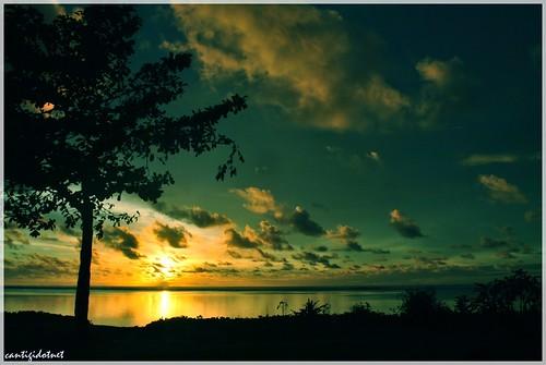 Senja di Ujung Genteng