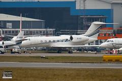 A6-AZH - 4136 - Elite Jets - Gulfstream G450 - Luton - 100215 - Steven Gray - IMG_7088