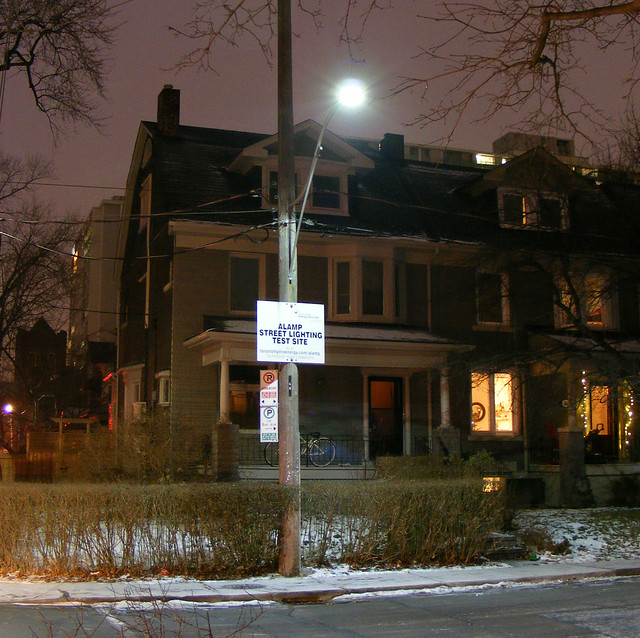 LED street light tested in West End Toronto