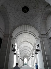 Union-station-arches-1 (mbgmbg) Tags: architecture washingtondc places unionstation kw2flickr kwgooglewebalbum takenbymarkgerstein kwpotppt kwphotostream4 i0jsm