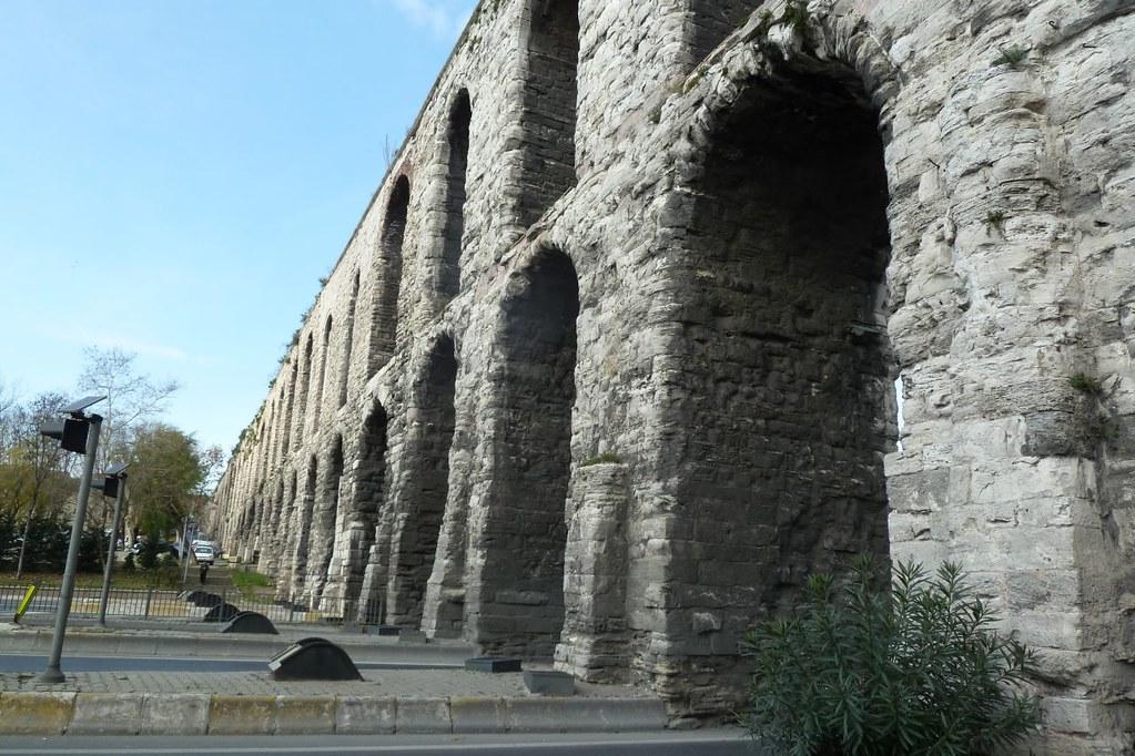 Aqueduct 07