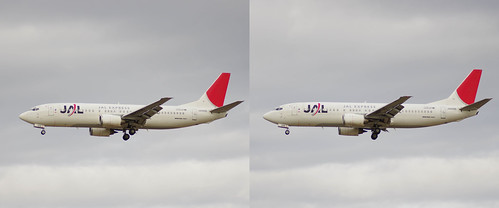 JEX B737-400 (JA8996), stereo parallel view