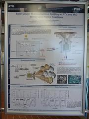 Dieses Poster erklärt, worum es geht (pppspics) Tags: schweiz switzerland solar zurich h2o heat zürich h2 reactor hydrogen eth co2 ceria ethz reaktor syngas wasserstoff aldosteinfeld philippfurler ceriumoxid synthesegas