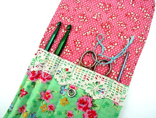 mini crochet hook organizer