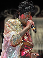 Koko Taylor - Chicago Blues Festival (Joao Eduardo Figueiredo) Tags: show park street blue summer music usa chicago records june festival musicians corner us office concert nikon icons cross audience live grant stage events gig crowd group alligator performance band roots shell free blues front legendary stages special entertainment musical artists porch taylor legends maxwell grupo público tribute roads ao guest 25th tradition fest venue performers música koko allstar act joint appearance vivo performances mayors acts lineup palco bluesmen juke admission chicagobluesfestival petrillo