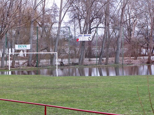 IMG_3615: Scheitplatz des ESV Merseburg unter Wasser