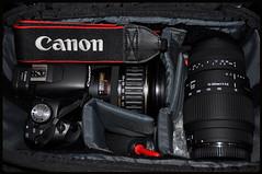 CANON 500D 28-135mm lens (mb.560600.kuwait) Tags: show new red usa macro slr cars car canon bag lens nice nikon 911 uae sigma ferrari turbo mclaren porsche showroom mercedesbenz vip kuwait dslr 70300mm tamron corvette 2009 f28 gt2 c5 amg sl65 c6 v12 c4 gt3 zr1 w124 500d 18200mm d90 560sel zo6 w126 r107 sl600 599gtb 550d w116 r129 18135mm sl63 sl73 55250mm sx20is