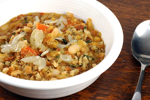 bowl of vegetarian cassoulet