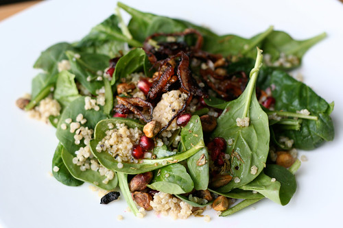Coconut Quinoa and Spinach Salad - Tasty Yummies