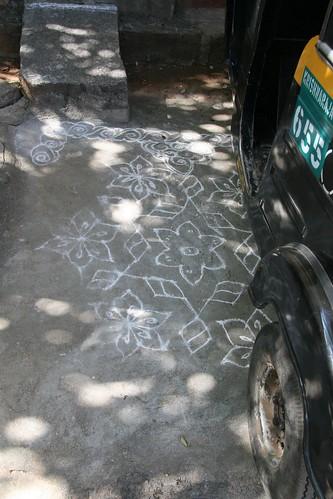 rickshaw obscuring art
