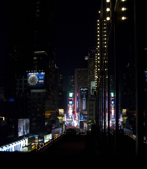 d8 NYE view of times square from balcony 1